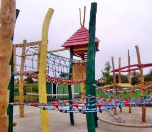 Kinderspielplatz Robinie