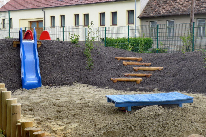 Robinie Sandspielplatz ROBIN